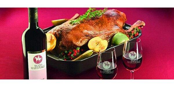 Bohatá hostina s husou a vínem pro 2-4 osoby