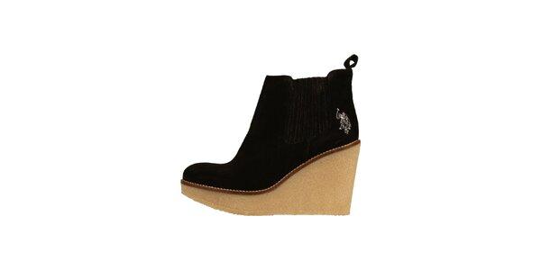Dámské černé semišové boty U. S. Polo