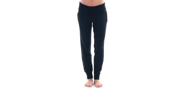 Dámské černé sportovní kalhoty s šedivým pruhem Nolita