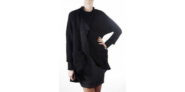 Dámský černý vlněný kabátek Gene