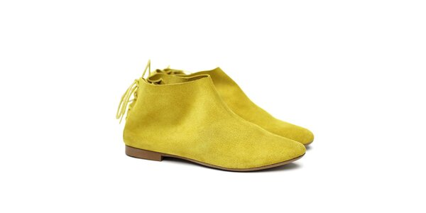 Dámské žluté semišové botky Shoe the Bear