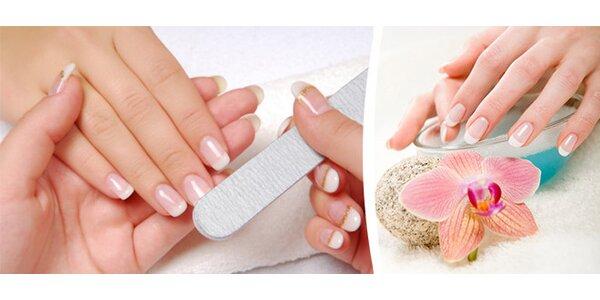 Kompletní manikura s aplikací P-Shine, zakončená uvolňující masáží rukou