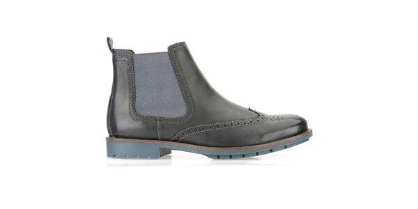 Pánské černé chelsea boty Clarks s modrou podrážkou