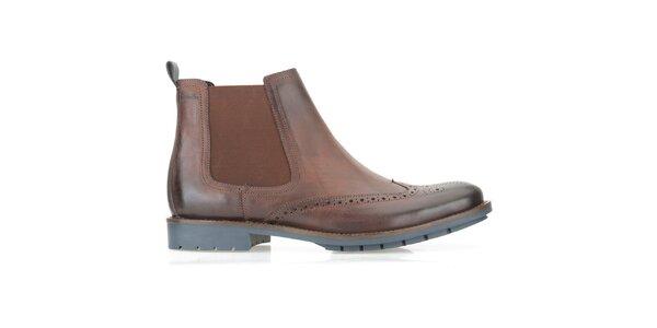 Pánské hnědé chelsea boty Clarks s modrou podrážkou