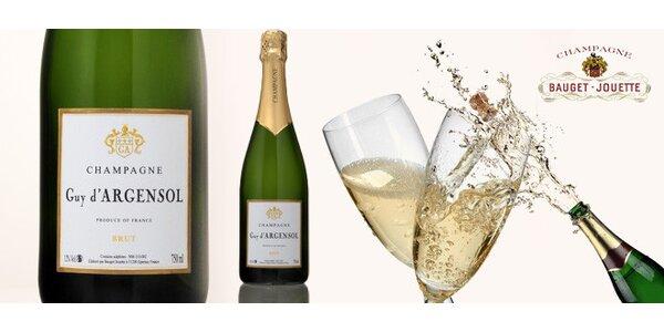 Láhev luxusního Champagne Cuvée Prestige Brut