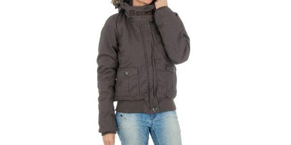 Dámská hnědá bunda s kapucou a kožíškem Bench