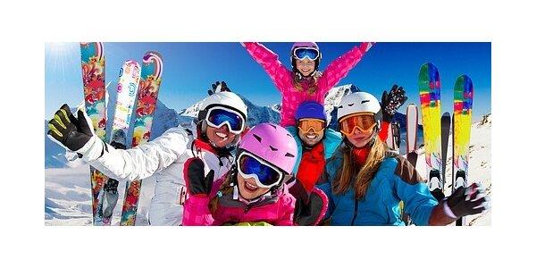 Celosezónní půjčení dětského lyžařského kompletu