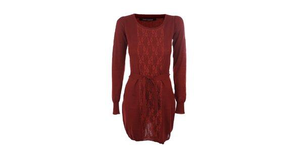 Dámské vínové šaty Emoi s páskem