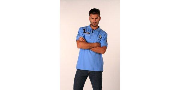 Pánské blankytně modré polo tričko Valecuatro s barevnými nášivkami