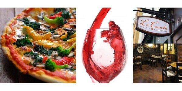 349 Kč za 2 libovolné pizzy a lahev italského vína v hodnotě 689 Kč.