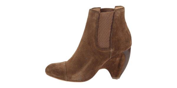 Dámské hnědé semišové boty na podpatku Modern Vintage