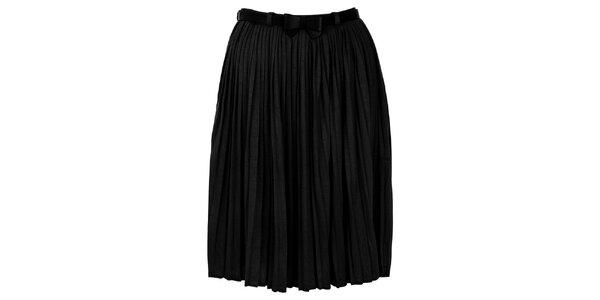 Dámská plisovaná černá sukně Yumi