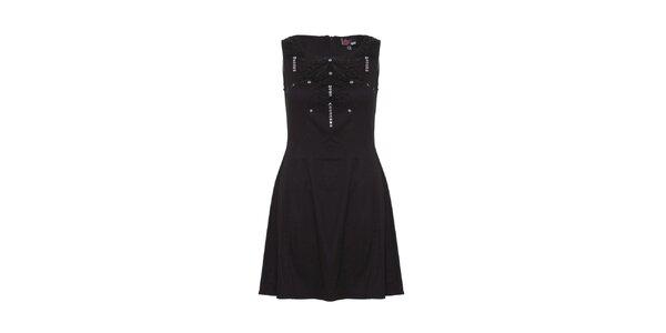 Dámské černé šaty s korálkovými aplikacemi Yumi