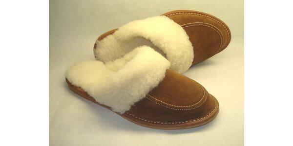 Dámské pantofle hnědé s nízkým podpatkem