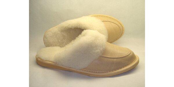 Dámské pantofle krémové s nízkým podpatkem