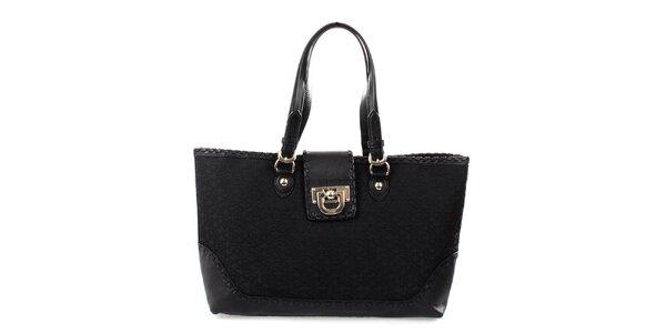 Dámská černá kabelka s monogramem a obšíváním DKNY
