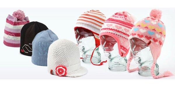 Pletené dětské čepice mnoha druhů i barev z akrylové vlny