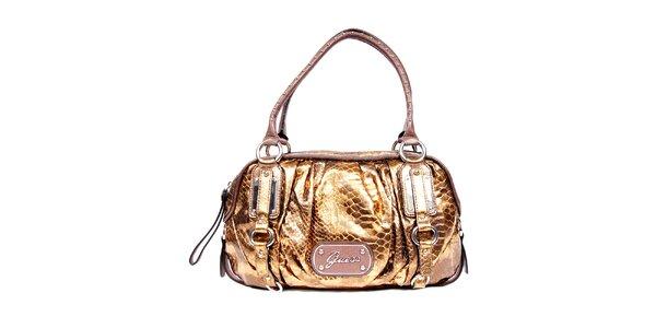 Bronzová kabelka značky Guess s hadím vzorem