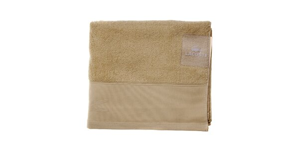 Větší smetanový ručník Lacoste