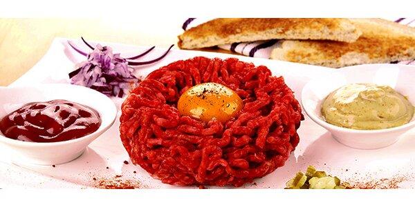 500g Hovězího tataráku s 20 topinkami v Zámecké restauraci v Manětíně