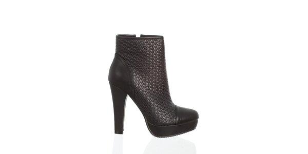 Dámské černé kotníčkové boty Moow