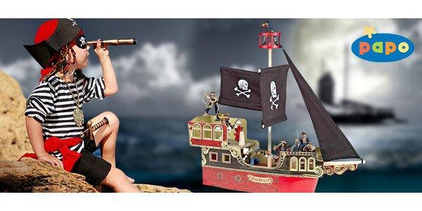 Dřevěná pirátská loď pro děti