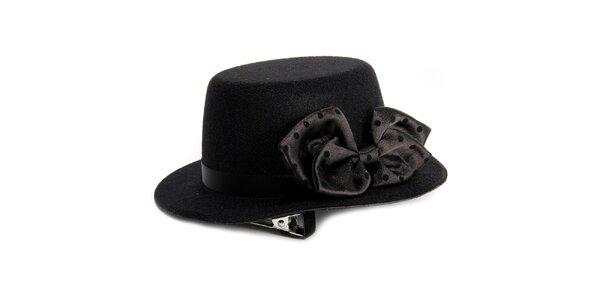 Dámský černý ozdobný klobouček s mašlí Pepa Loves