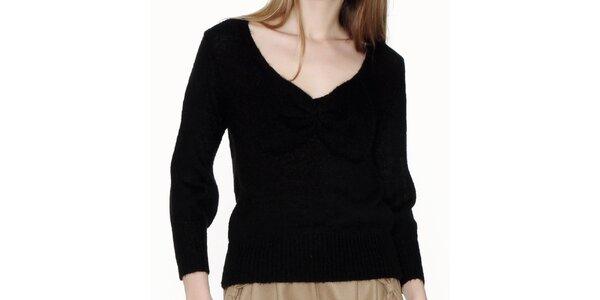 Dámský černý véčkový svetr Pepa Loves