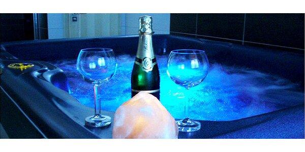 90 minut romantiky pro dva v privátní vířivce s lahví sektu