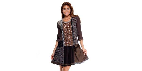Dámské čokoládové šaty s potiskem Peace&Love