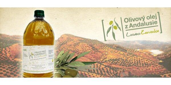 2l výběrového extra panenského olivového oleje z rodinné česko-španělské farmy