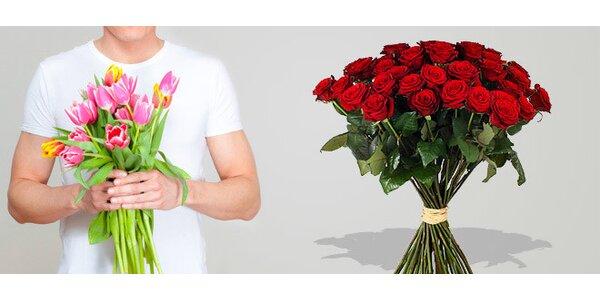 Kytice nádherných tulipánů nebo růží s možností rozvozu