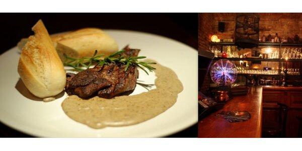 199 Kč za 2 grilované klokaní steaky a 2 půllitry piva Kvasar. Sleva 63 %