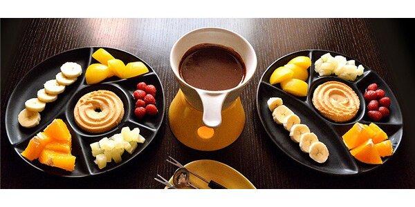 Čokoládové fondue pro DVA s ovocem a sušenkami
