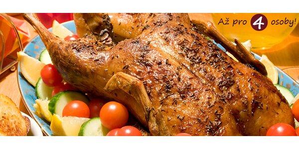 Celá kachna s knedlíky a zelím v restauraci U rytíře Jakuba z Kunratic