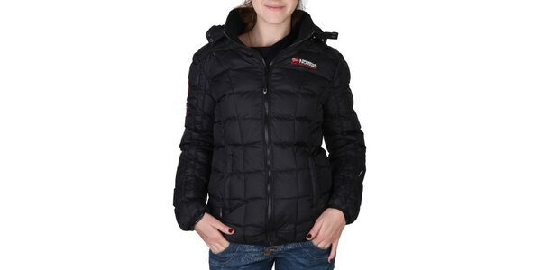 Dámská černá prošívaná bunda s kapucí Geographical Norway
