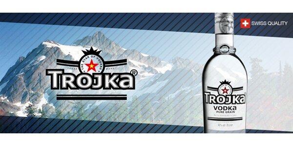Prémiová švýcarská vodka TROJKA