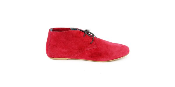 Dámské třešňově červené semišové kotníčkové boty Eye