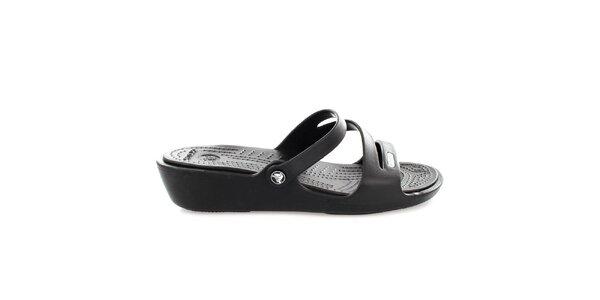 Dámské černé pantofle Crocs s masážní stélkou