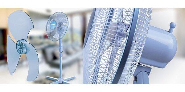 Osvěžující stojanový ventilátor