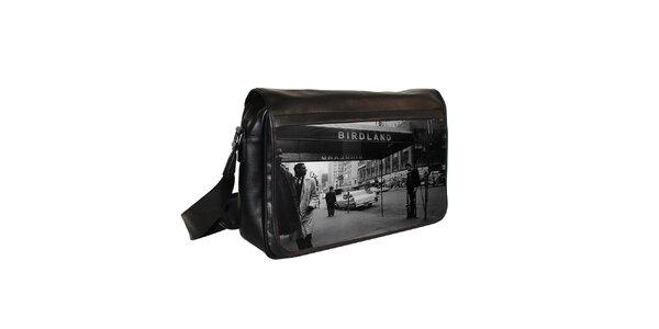 Černá messenger taška s potiskem jazzového klubu Kothai