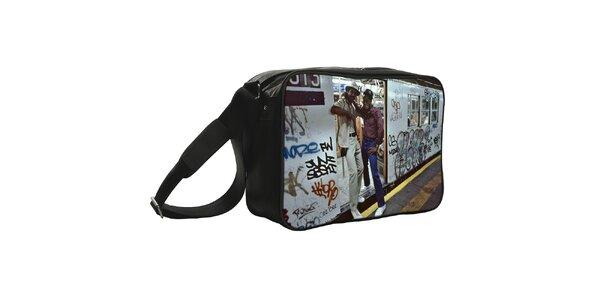 Černá taška s potiskem metra Kothai