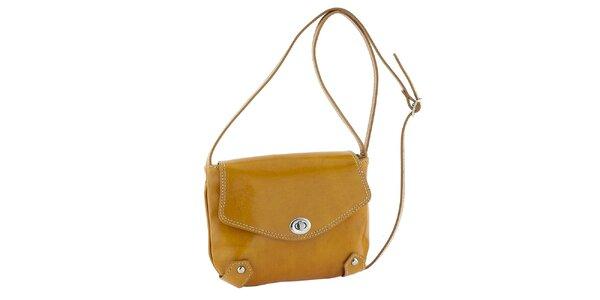 Dámská žlutá kožená taška s otočným zámečkem Classe Regina