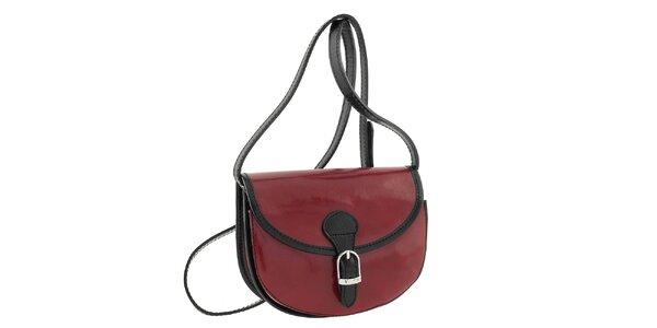 Dámská tmavě červená kabelka s černými prvky a přezkou Classe Regina