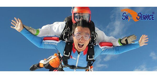 Tandemový skok spadákem z výšky 4000 metrů vč. záznamu na DVD