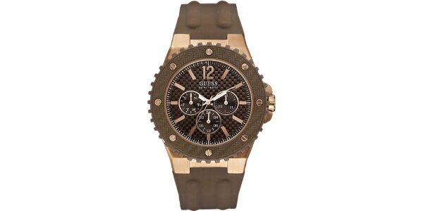 Pánské hodinky s hnědým silikonovým řemínkem Guess