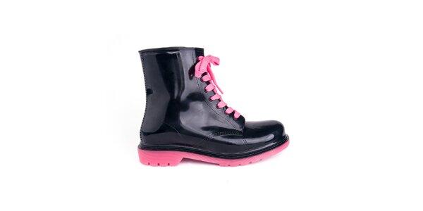 Dámské černé boty s růžovými tkaničkami Via Bellucci