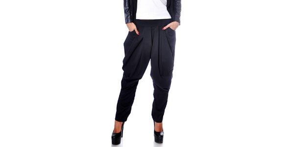 Dámské černé harémové kalhoty Caramella Fashion