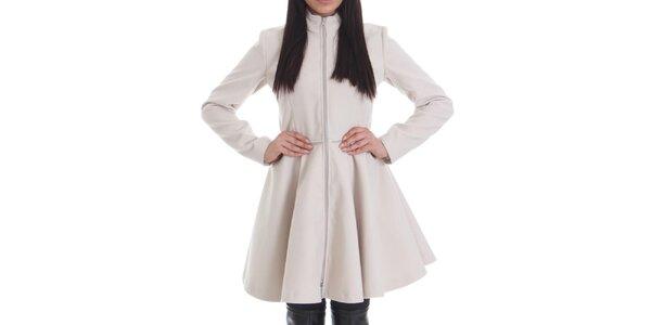 Dámský krémově bílý kabát se zipem Caramella Fashion
