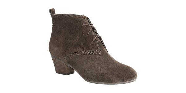 Dámské hnědé semišové boty Clarks